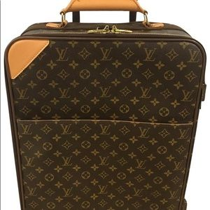 Authentic Louis Vuitton pegase 55 monogram carryon
